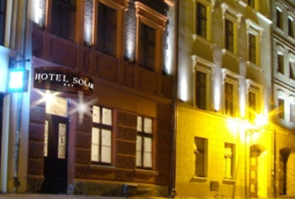 Hotel Solaris Torun – 5 Glade Masker