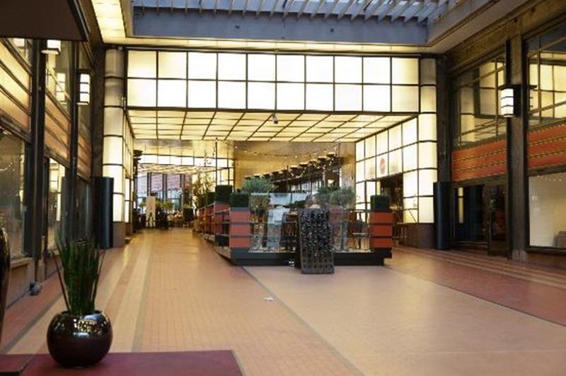 Clarion Collection Hotel Folketeatret – 5 Glade Masker